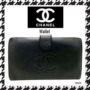 CHANEL CC Logo Black Caviar Long Bifold wallet